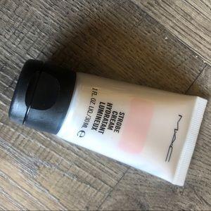 Mac cosmetics mini strobe cream
